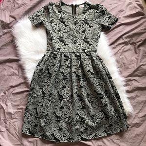 Lularoe Black/Gray Floral Jacquard Amelia Dress M